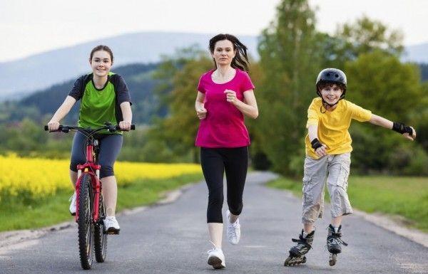 Mujeres haciendo ejercicio related keywords mujeres for Ejercicio fisico