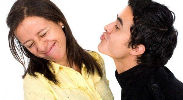 Mal aliento o halitosis – Puede provenir de una enfermedad