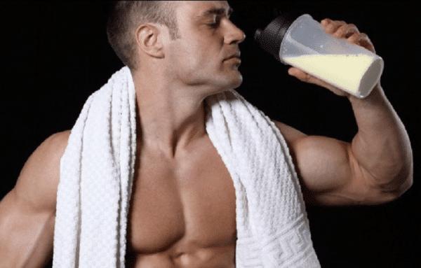 Batidos de proteínas ¿Cuánto tomar y cuándo es el mejor momento?