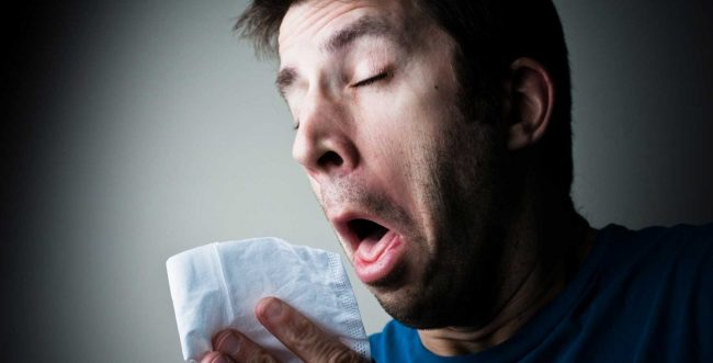 Los estornudos – Gestos comunes a todas las personas